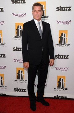 Рэй Лиотта на 15 церемонии Annual Hollywood Film Awards