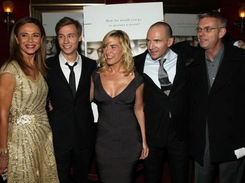 """Актеры на Нью-Йоркской премьере фильма """"Чтец""""."""