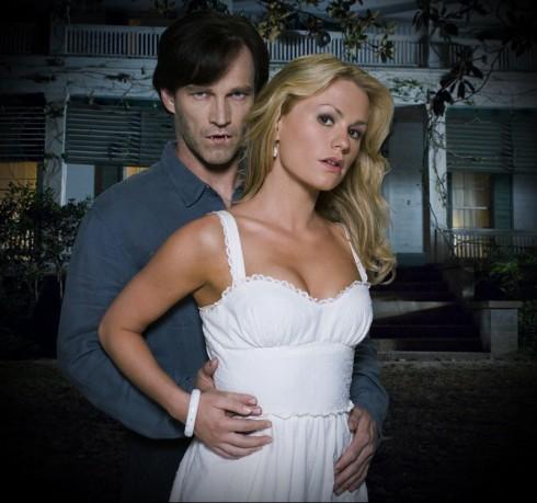 Главные герои сериала Настоящая кровь: Билл и Соки (Стивен Мойер и Анна Пакуин)