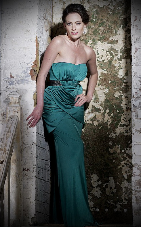 Лара Палвер (Lara Pulver) - британская актриса