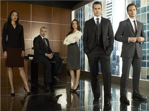 Костюмы (Suits)